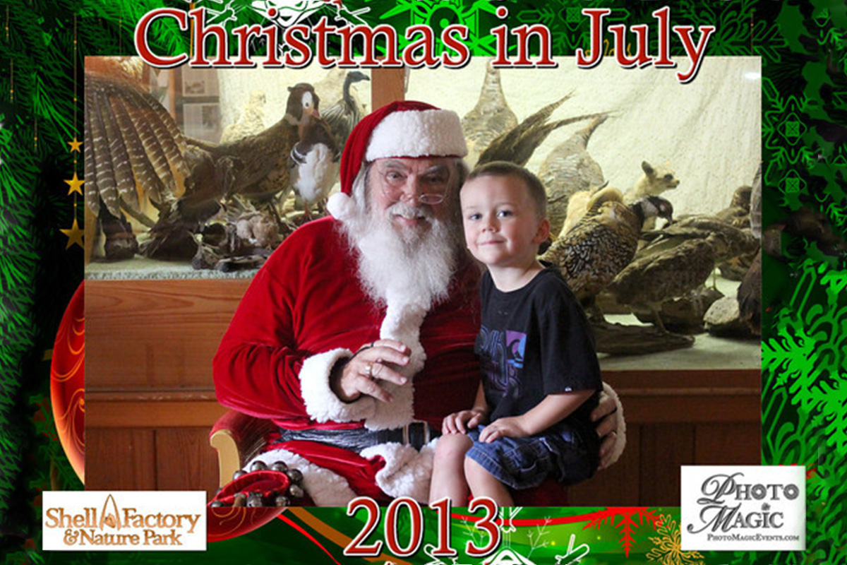Christmas in July Event at Shell Factory | Photo Magic Events